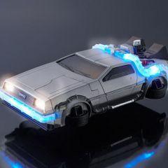 Чехол для iPhone в виде машины времени из фильма «Назад в будущее»