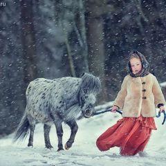 Дети и животные России в фотографиях Елены Карнеевой