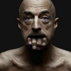 Жуткие люди на фотографиях Jeffrey Vanhoutte