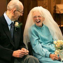 15 пар, которые поженились, будучи старичками