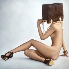 Заложницы моды: картины Anna Halldin Maule