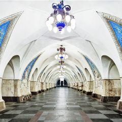 Безлюдные станции московского метро в фотографиях David Burdeny