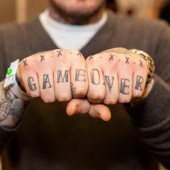 Татуировки-кастеты в фотографиях Edward Bishop