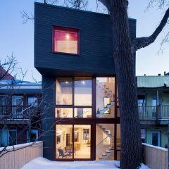 Уютный дом в Монреале