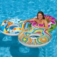 Надувной круг для купания: радость малышам и взрослым