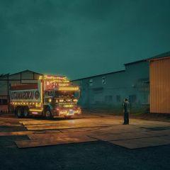 Искусство оформления японских грузовиков на фото Todd Antony